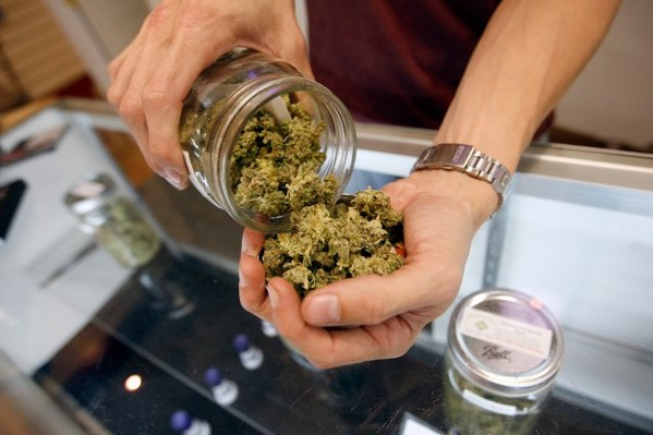 Nashville Marijuana Decriminalization Bill Moves To Committee