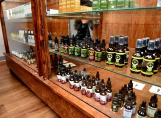 Wilton program explains uses of CBD oil