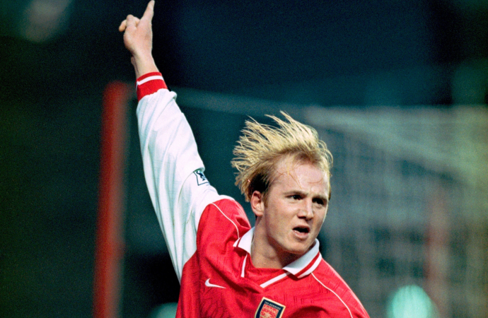 Ex-Arsenal ace John Hartson reveals he is treating nagging footie injuries with cannabis oil